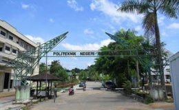 pintu-gerbang-politeknik-negeri-samarinda