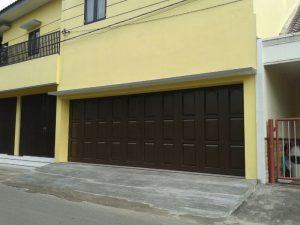 pintu garasi berkualitas