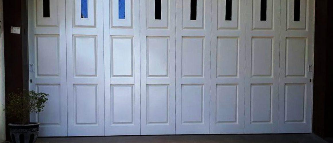 Pintu Garasi Besi
